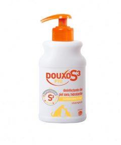 Champú desinfectante e hidratante para gatos y perros